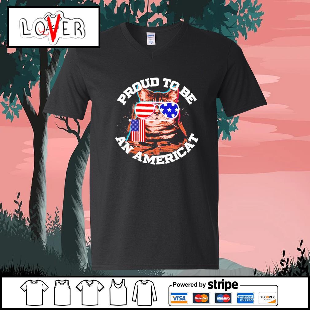 Proud to be an Americat s V-neck-T-shirt